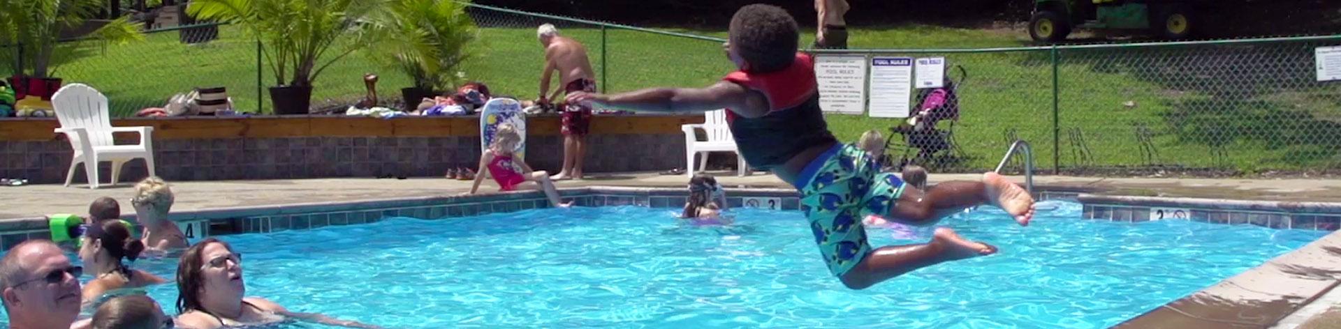 Swimming Pool Fun Stuff : Activities swimming pool horseshoes volleyball