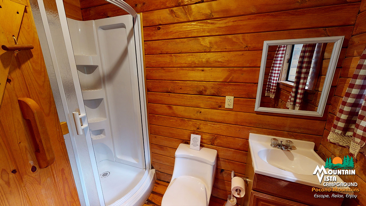 CABIN CAMPING WITH BATH
